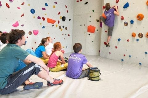 klettern-kinder-bouldern