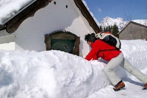 wintern-wandern-im-tannheimer-tal